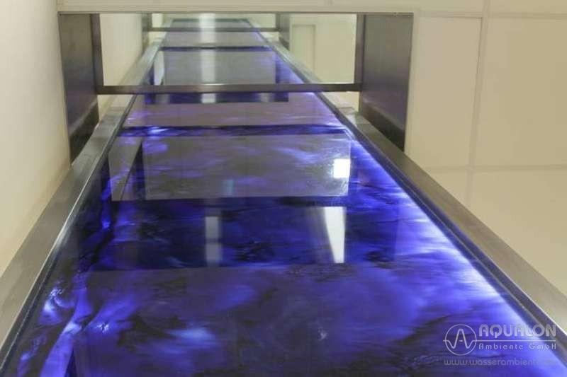 """Wasserwand aus acrylic couture """"Aqualon Monumentum Conexio"""""""